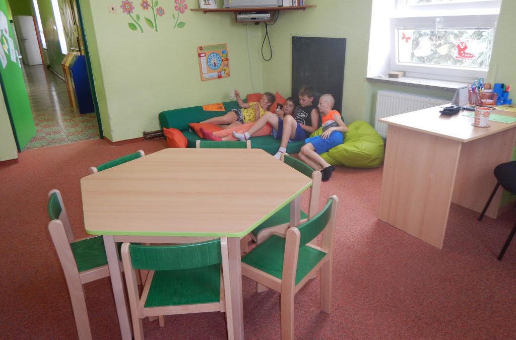 Nový nábytek ve školní družině