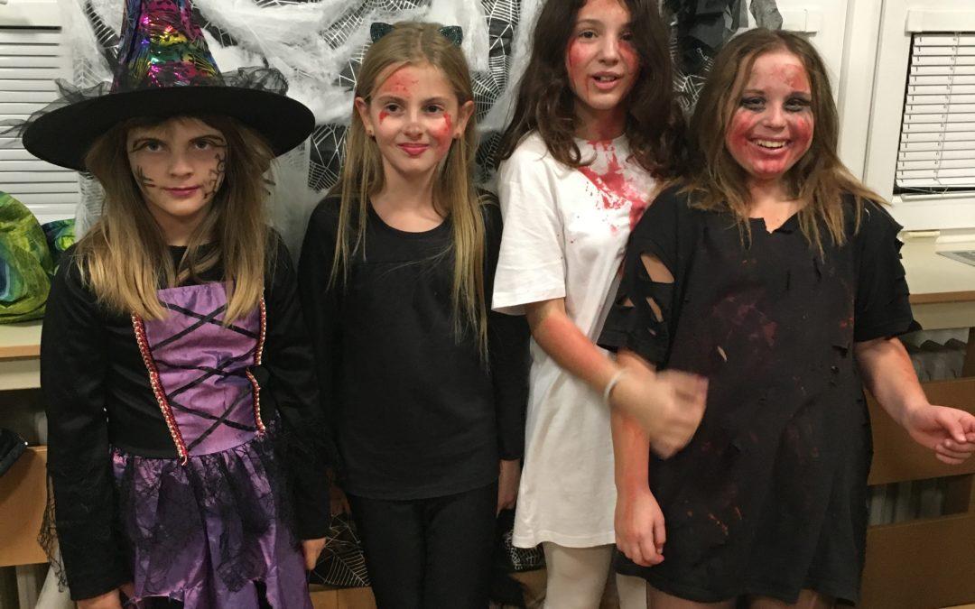Halloweenská noc ve škole